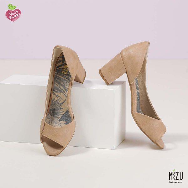 בלעדי לאתר - דגם ליליאן: נעליים בצבע קאמל