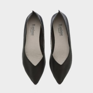 דגם מיכל: נעלי בובה בצבע שחור
