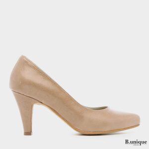 דגם קיישה: נעלי סירה בצבע גוף