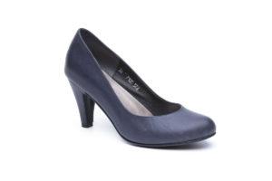 דגם קלאס: נעלי סירה בצבע כחול