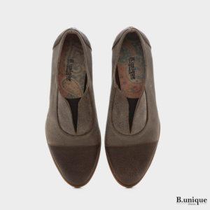 בלעדי לאתר: נעליים מדגם ג'יזל בצבע חום