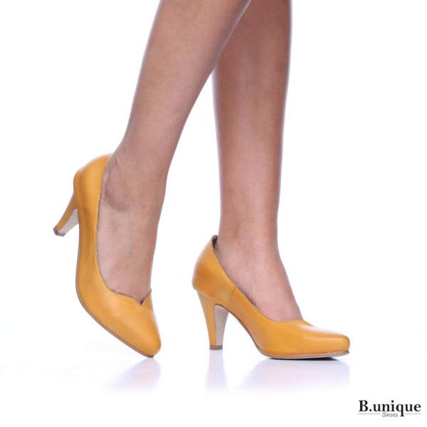 177523 - נעלי עקב לונדון בצבע צהוב
