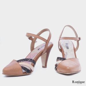 177526 - נעלי עקב לידס בצבע קאמל