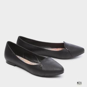 471061 - נעלי סירה  ליווינגסטון בצבע שחור