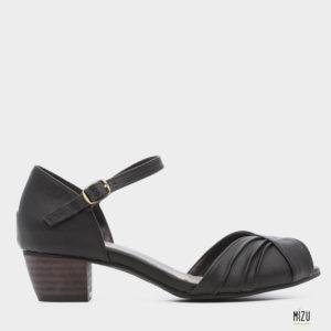 474053 - סנדלים טנה בצבע שחור