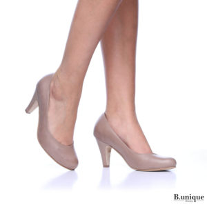 דגם קלאס: נעלי סירה בצבע גוף