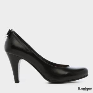 דגם שרלין: נעלי סירה בצבע שחור
