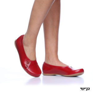 1406 - נעליים בלרינה כפתורים בצבע אדום