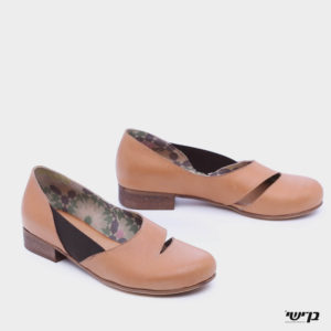 372542 - נעליים סרנקוט בצבע קאמל