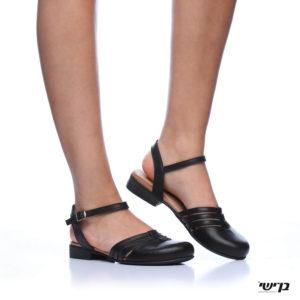 372544 - נעליים חצי פתוחות קטמנדו בצבע שחור