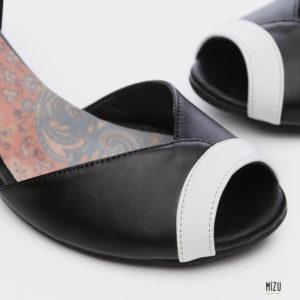 475050 - סנדלים אלכסנדריה בצבע שחור
