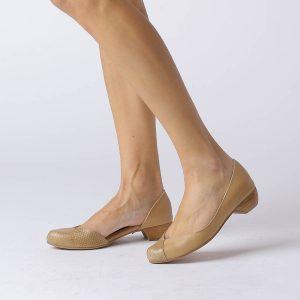 273035 - נעליים פיג'י בצבע קאמל