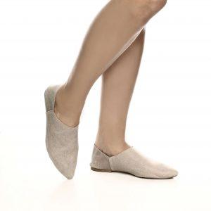 161211 - נעליים מדגם שרונה בצבע טאופ