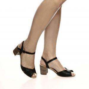 176052 - סנדלים מיאמי בצבע שחור