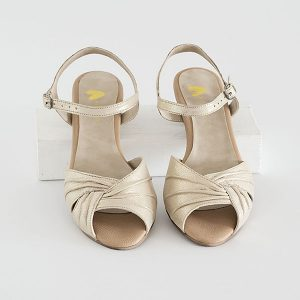 2905 - סנדלי גרייס בצבע זהב