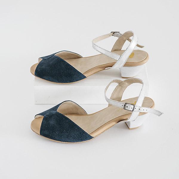 3860 - סנדלי פייג' בצבע כחול