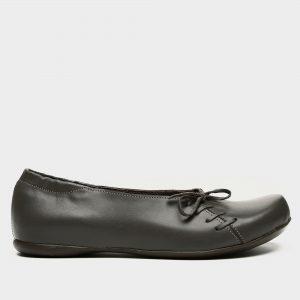 דגם ירין: נעלי בובה בצבע אפור