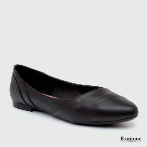 דגם האנה: נעלי בובה קלאסיות בצבע שחור