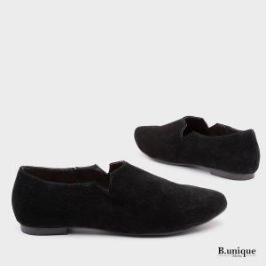 דגם מארני: נעליים סגורות בצבע שחור