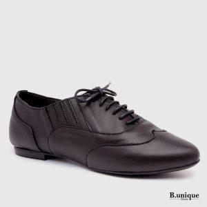 דגם שושנה: נעליים סגורות בצבע שחור