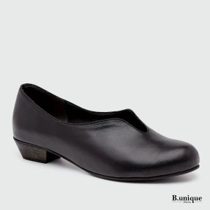 דגם מארי: נעלי בובה בצבע שחור