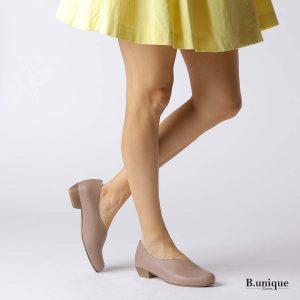 דגם מארי: נעלי בובה בצבע טאופ
