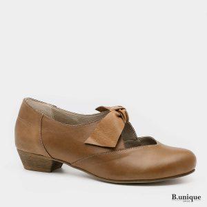 בלעדי לאתר - דגם אנדריאה: נעליים בצבע קאמל