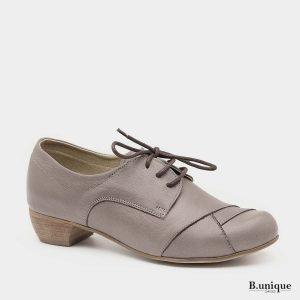 דגם איימי: נעליים בצבע טאופ