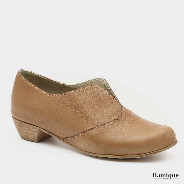 דגם קתרין: נעליים בצבע קאמל