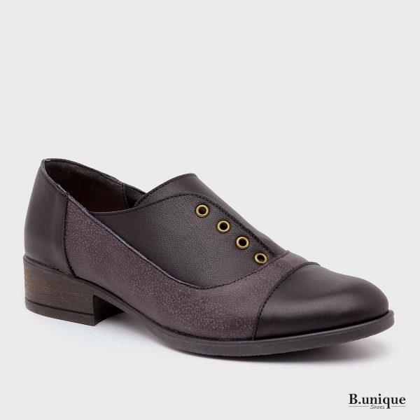 דגם קלי: נעליים בצבע שחור