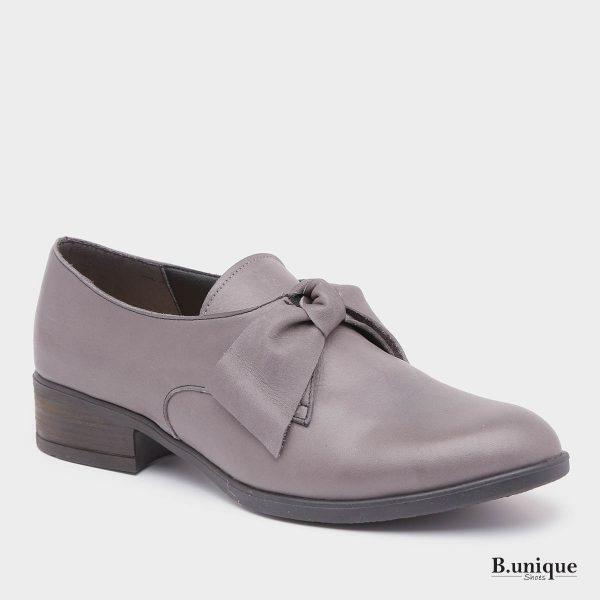דגם קרלי: נעליים בצבע אפור