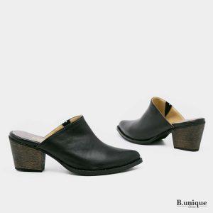 דגם וירג'יניה: נעלי עקב בצבע שחור