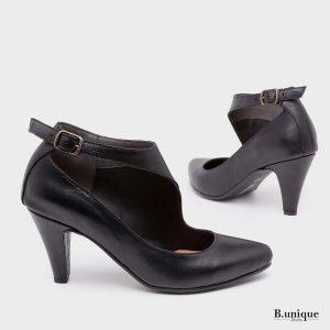דגם שירלי: נעלי עקב בצבע שחור