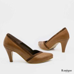דגם דיאנה: נעלי עקב בצבע קאמל