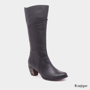 דגם שארלט: מגפיים בצבע שחור