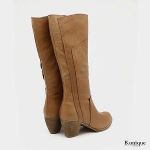 דגם שארלט: מגפיים בצבע קאמל