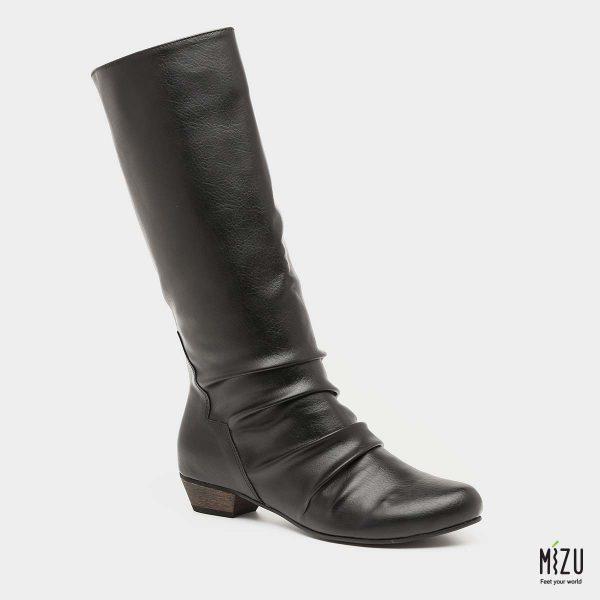 בלעדי לאתר - דגם אמיליה: מגפיים בצבע שחור