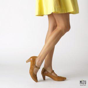 דגם אספרנסה: נעלי עקב בצבע קאמל