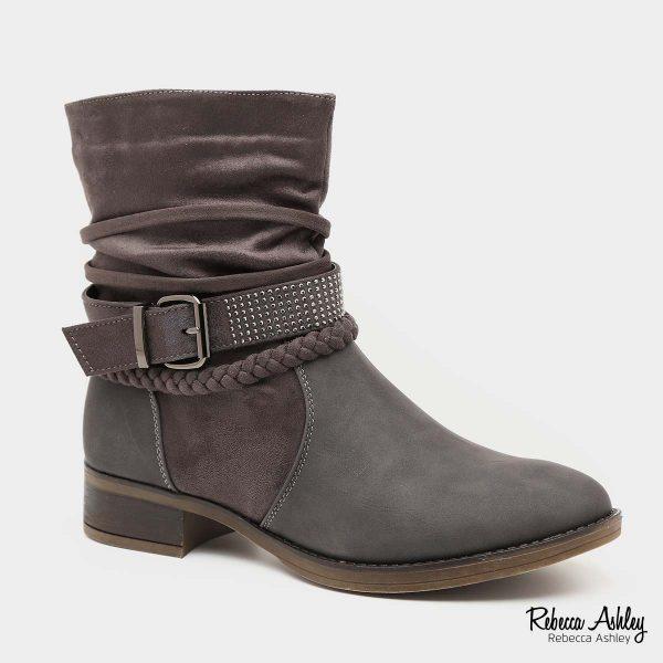 דגם אבה: מגפיים בצבע אפור