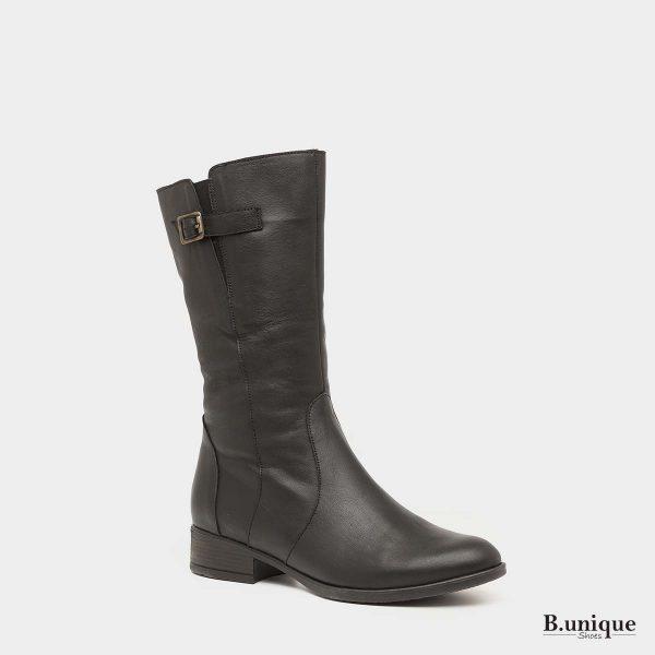 דגם לולו: מגפיים בצבע שחור