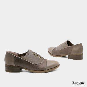 דגם קלי: נעליים בצבע ירוק זית