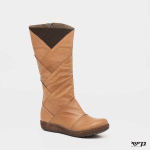דגם נופר: מגפיים בצבע קאמל
