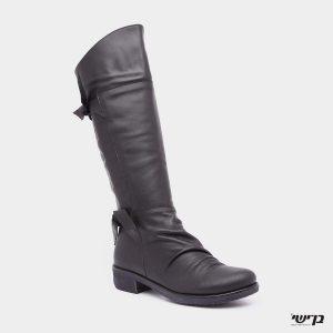 דגם הילית: מגפיים בצבע שחור