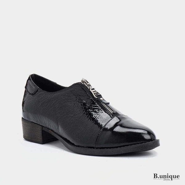 דגם מיילו: נעליים בצבע שחור לק