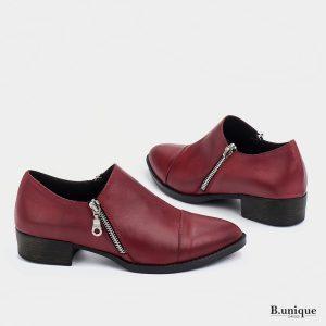 דגם מנדי: נעליים בצבע בורדו