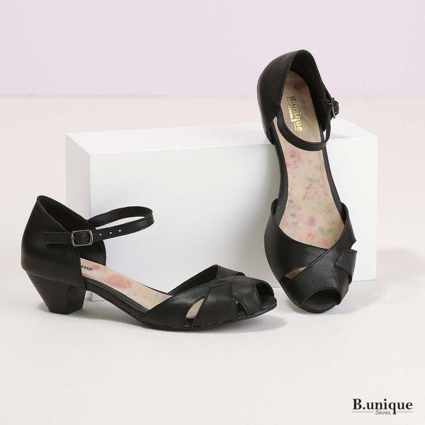דגם אמילי: סנדלים בצבע שחור