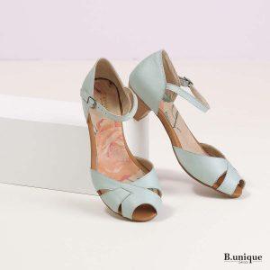 דגם אמילי: סנדלים בצבע מנטה