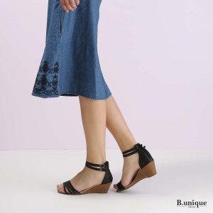 בלעדי לאתר - דגם רוקסנה: נעליים בצבע שחור