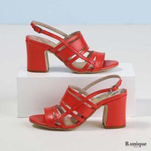 דגם היילי: סנדלי עקב בצבע אדום