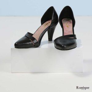 דגם אוליביה: נעלי עקב בצבע שחור